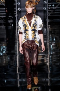 versace-men-fall-winter-2014-collection-photos-0001